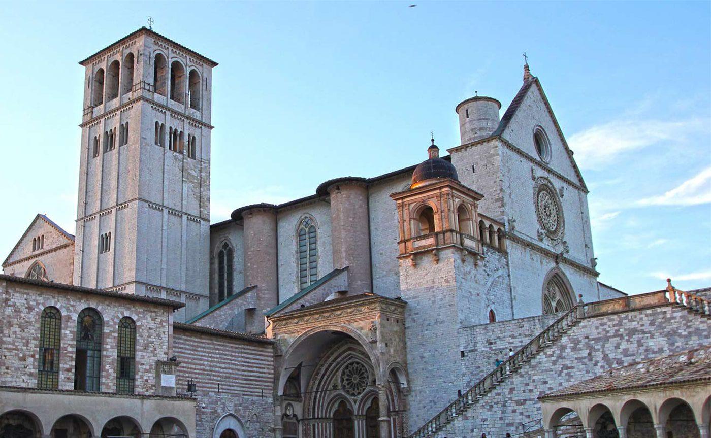 Assisi Walking Tour 03-min