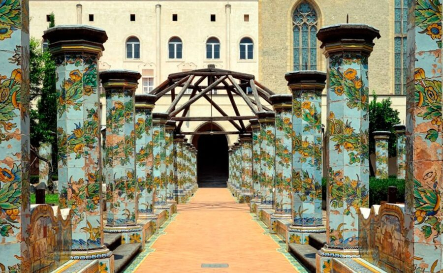 ACCESSIBLE GOTHIC SIDE OF NAPLES TOUR