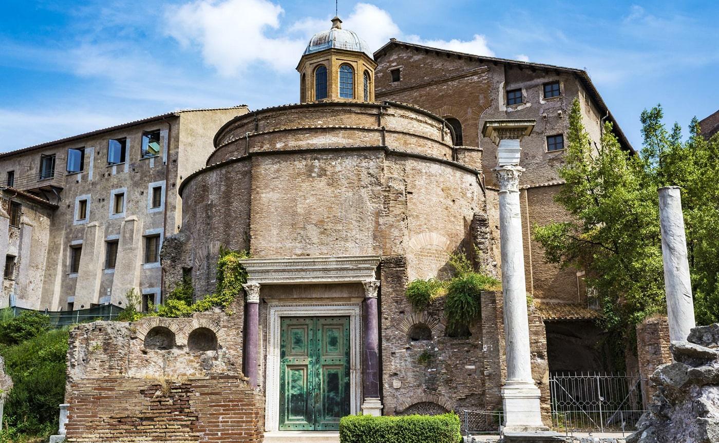 Hidden treasures Tour – Rome 01-min