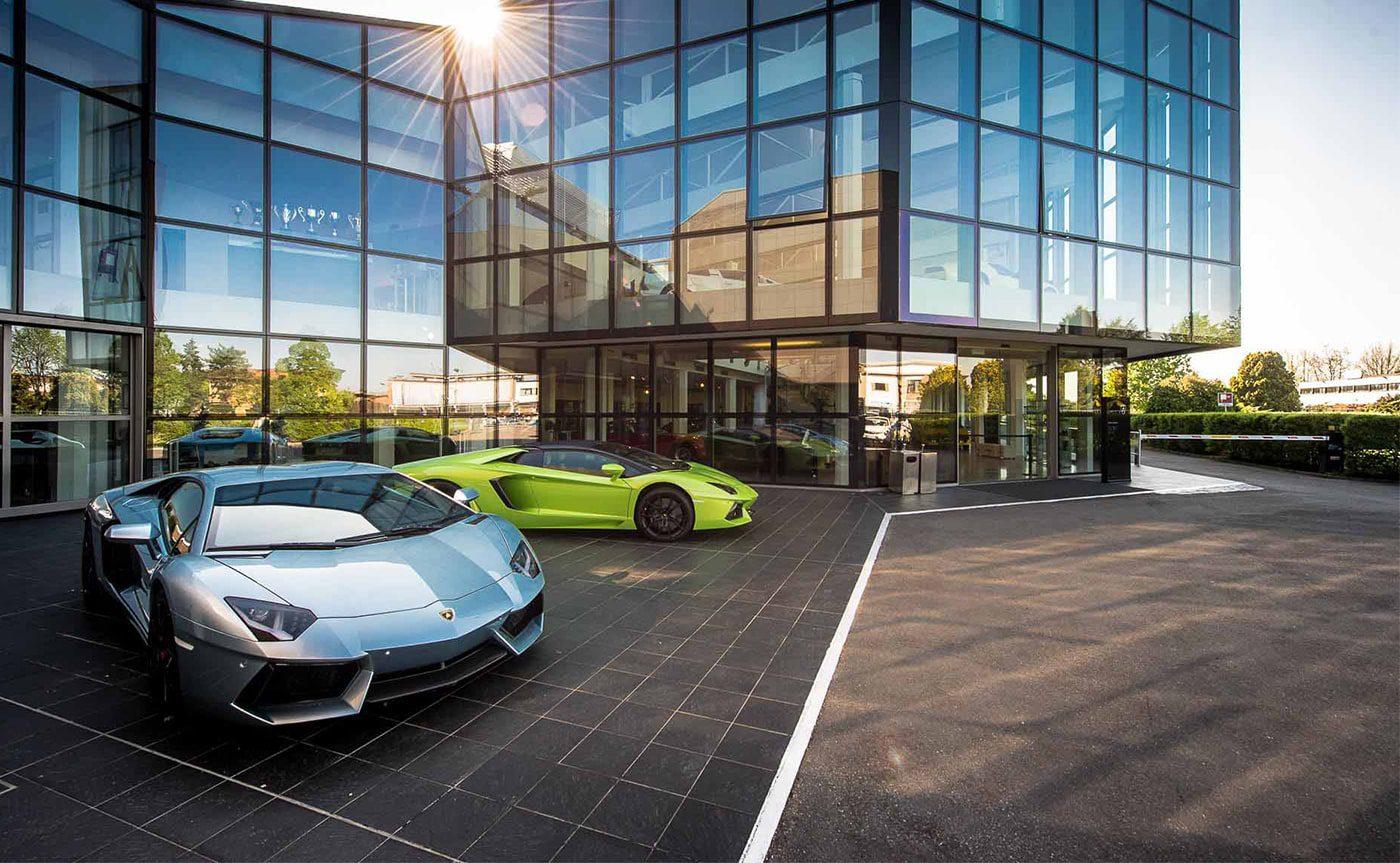 Accessible Modena Lamborghini