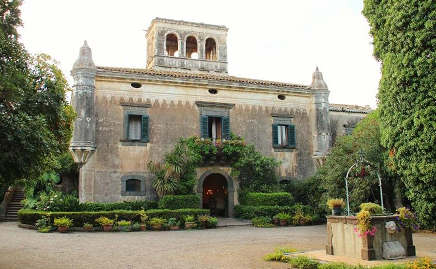 ACCESSIBLE MOVIE TOUR – THE GODFATHER BY FRANCIS FORD COPPOLA – SICILY, ITALY