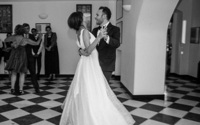 Helene & Pierre dancing