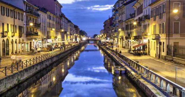 Milan: weddings on the Navigli