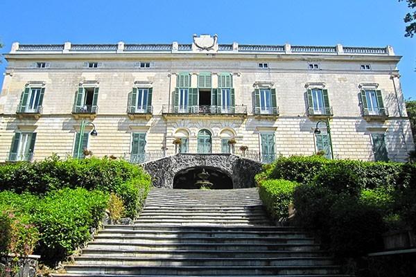 Duke of Martina Museum Tour – Naples