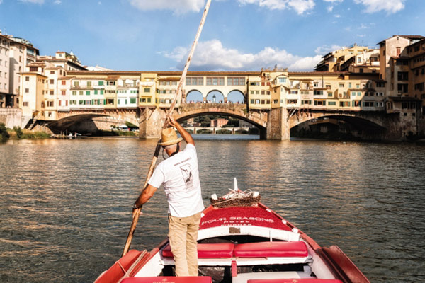 """Florence seen by the Arno"" Tour"
