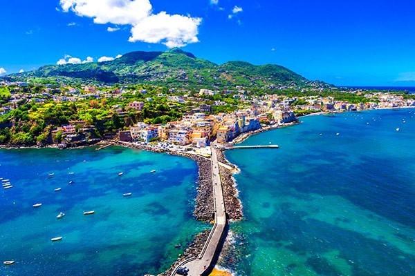 Ischia & Procida Tour