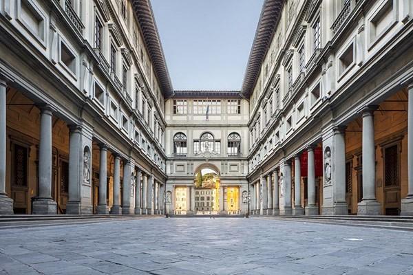 Walking Tour & Uffizi Gallery – Florence