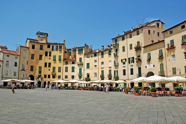 Walking Tour Lucca