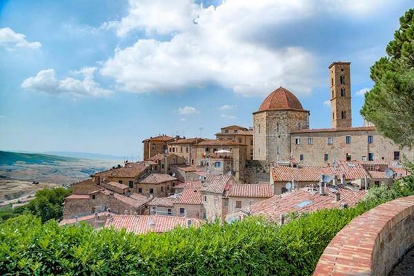 Walking Tour Volterra