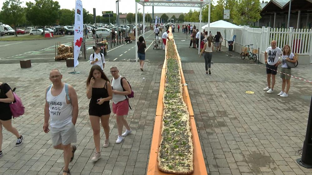 Italian Food Guinness? We made 500-metres-long pizza!