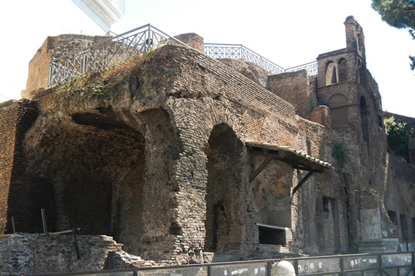 Insula of the Ara Coeli – Underground Rome