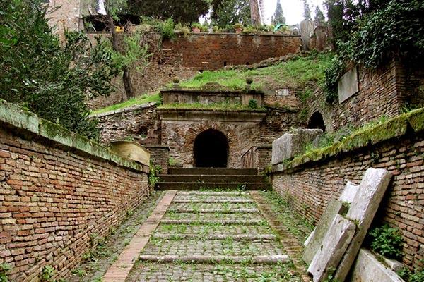 Tomb of the Scipios – Underground Rome