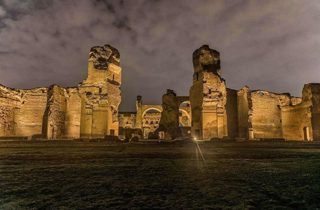 Special Opening: Visit the Baths of Caracalla in the evening!