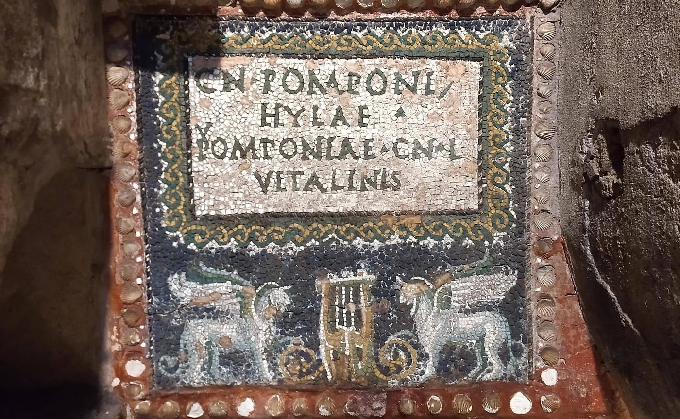 Columbarium Pomponius Hylas – Underground Rome 02