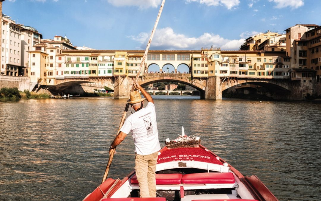 FLORENCE TOUR BY BOAT