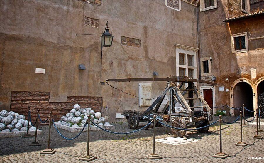 Castel Sant'Angelo Tour – Rome 03