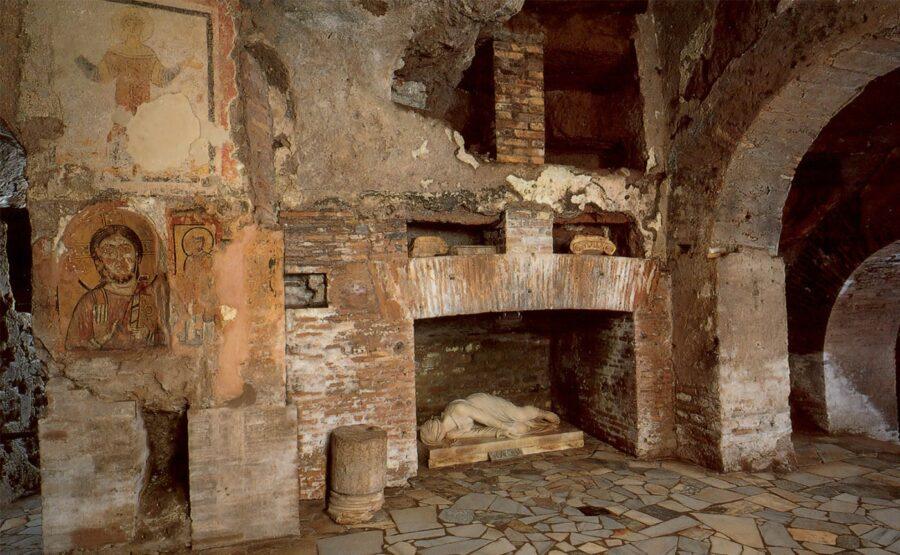 Catacombs of Priscilla Tour 02-min