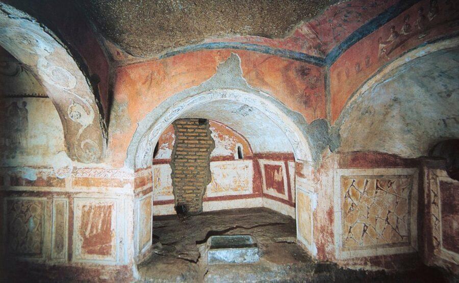 Catacombs of Priscilla Tour 04-min