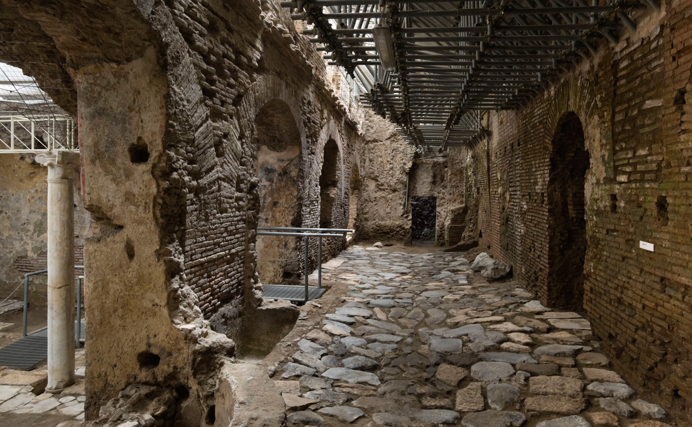 Crypta Balbi Tour – Underground Rome 01