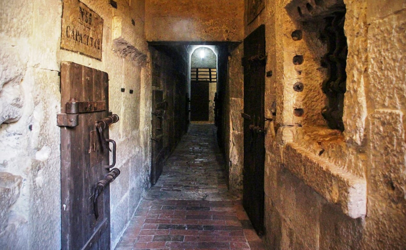 Doge Palace Secret Passages 01-min