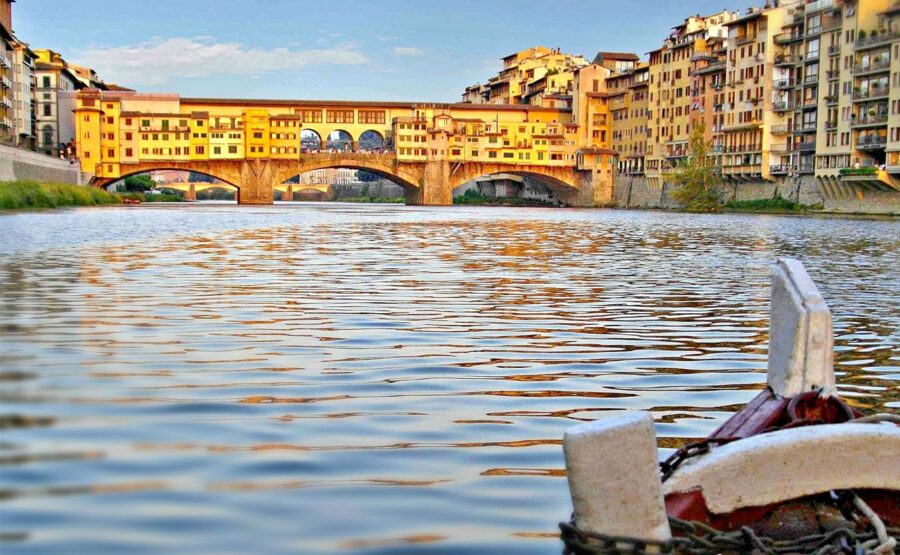 """""""Florence seen by the Arno"""" Tour 04-min"""
