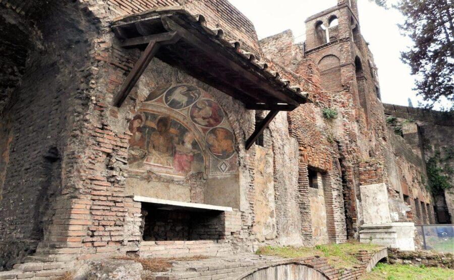 INSULA OF THE ARA COELI – UNDERGROUND ROME TOUR