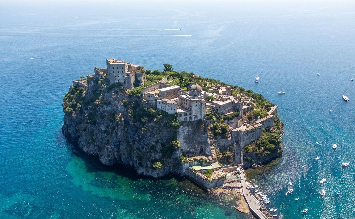 Ischia & Procida Tour 01-min