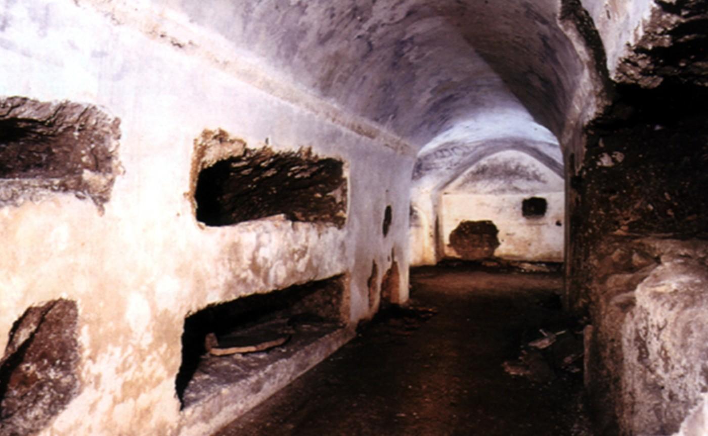 Mausoleum of Lucilius Peto – Underground Rome 02