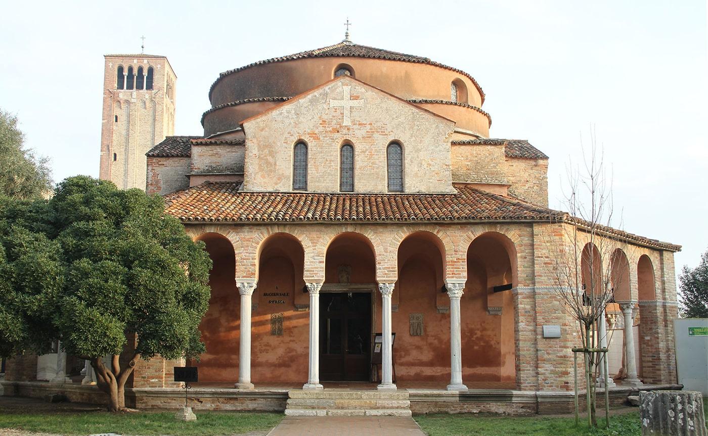 Murano, Burano & Torcello – Venice's Islands Tour 01-min