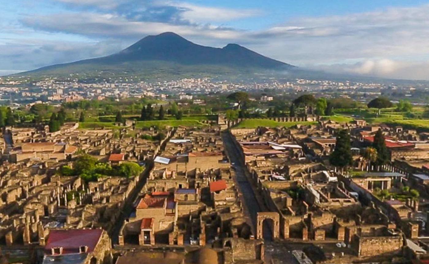 Pompeii Tour 01-min