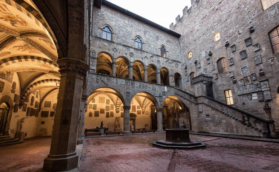 SANTA CROCE CHURCH AND BARGELLO MUSEUM TOUR - FLORENCE
