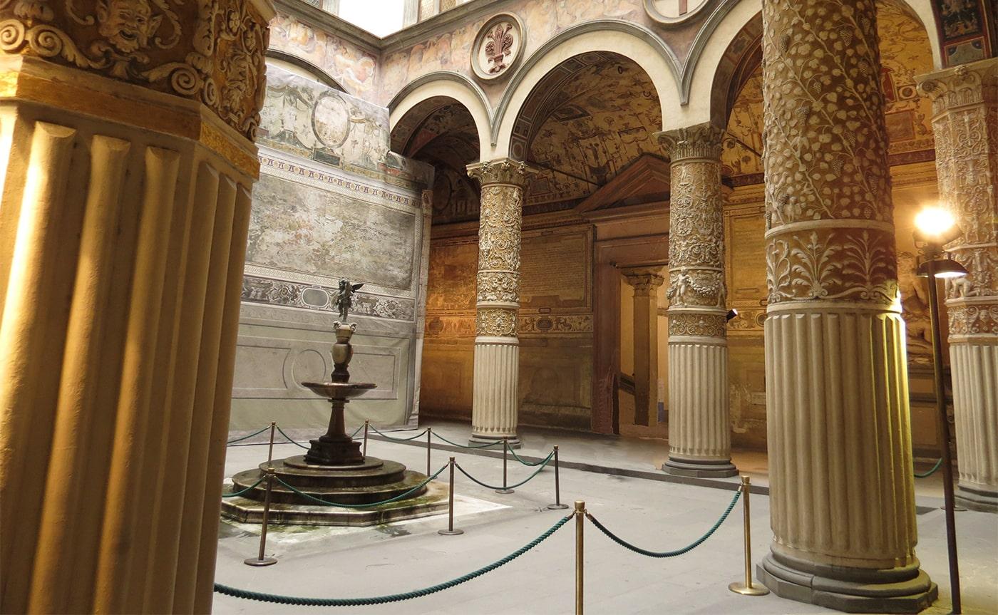 Secret Passages of Palazzo Vecchio – Florence 01-min