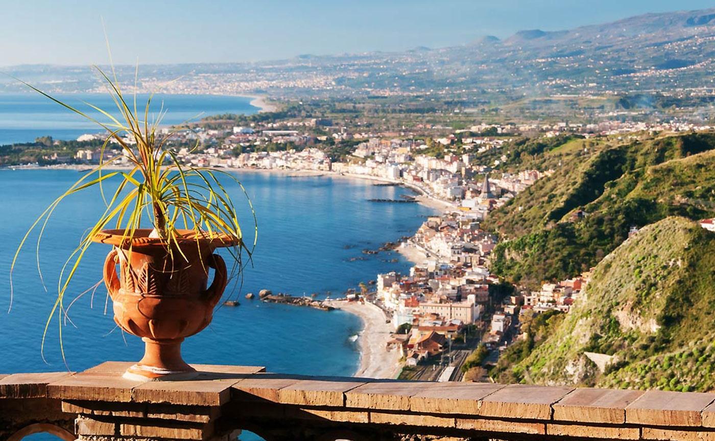 Taormina, Giardini Naxos & Castelmola Tour 02-min