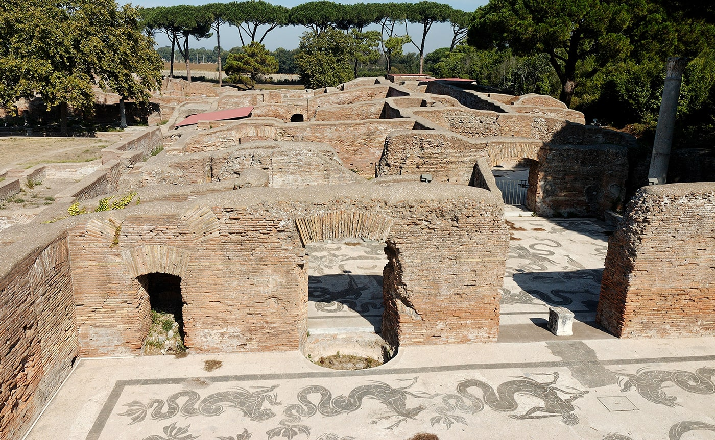 Tour of Ancient Ostia – Rome 04-min