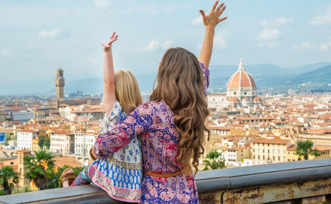Treasure Hunting – Florence 01-min