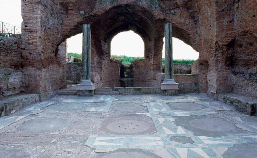 Villa of the Quintilii Tour – Rome 01-min