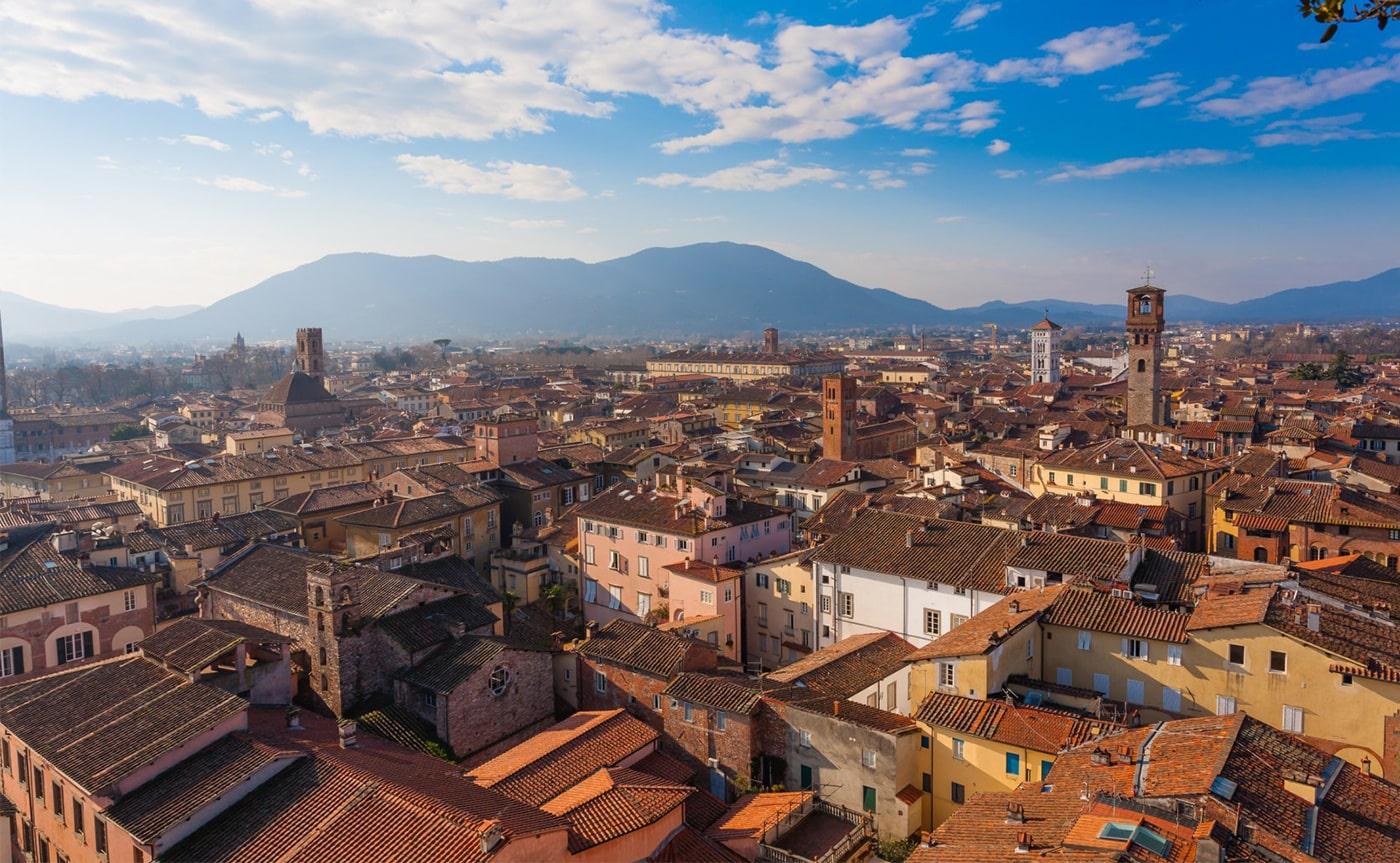 Walking Tour Lucca 02-min