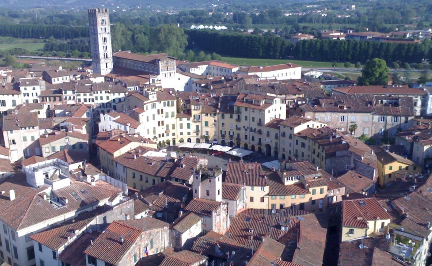 Walking Tour Pisa & Lucca 01