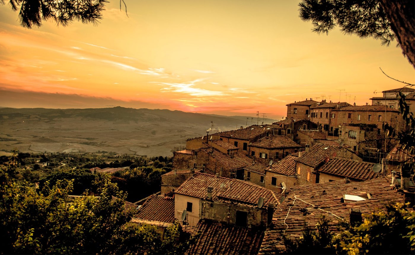 Walking Tour Volterra 04-min