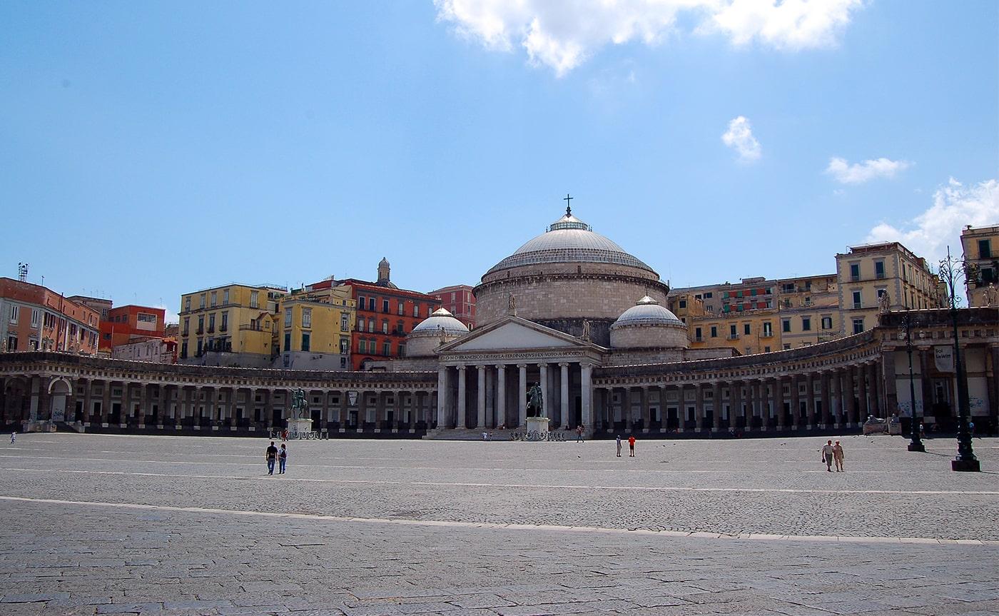 Naples Walking Tour 01-min