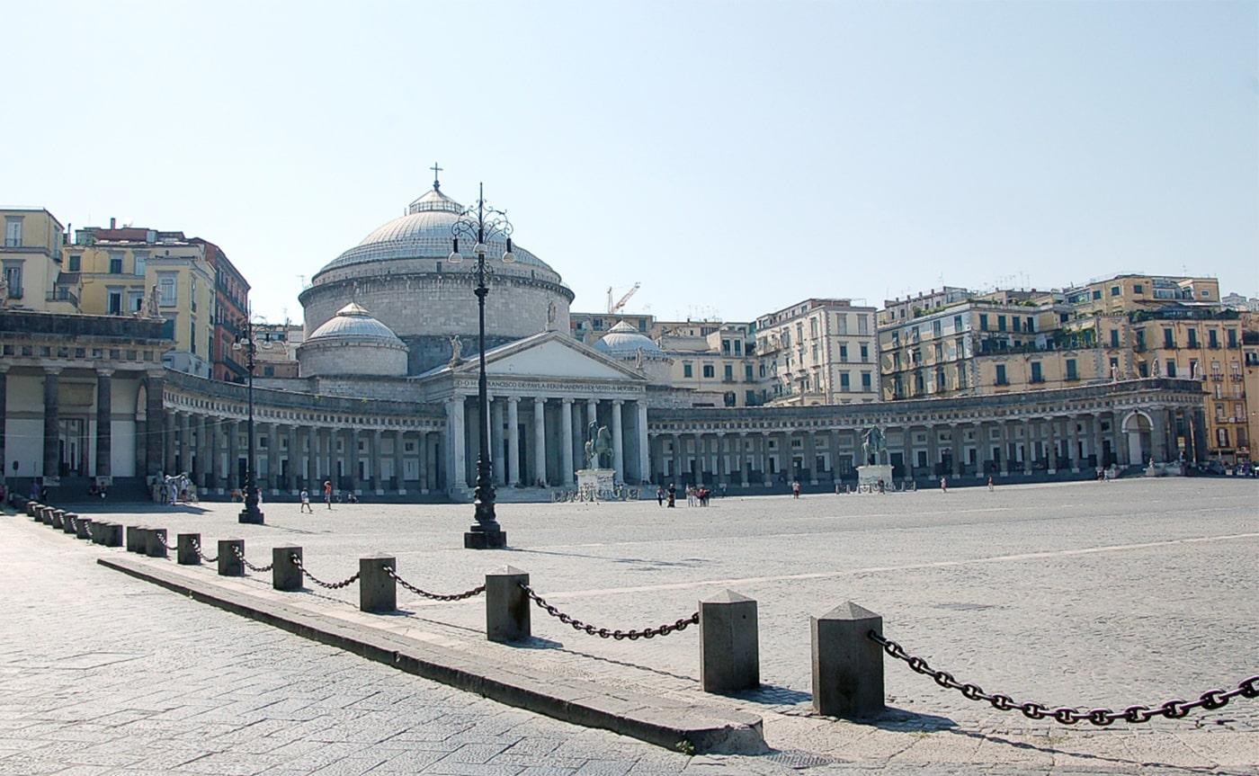 Naples Walking Tour 03-min