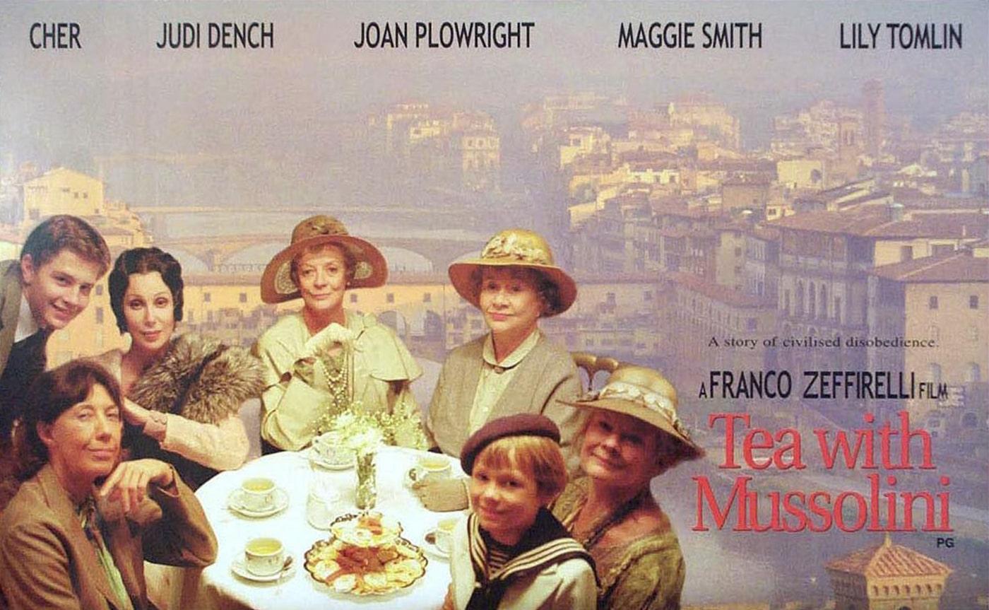 Tea whit Mussolini 02-min