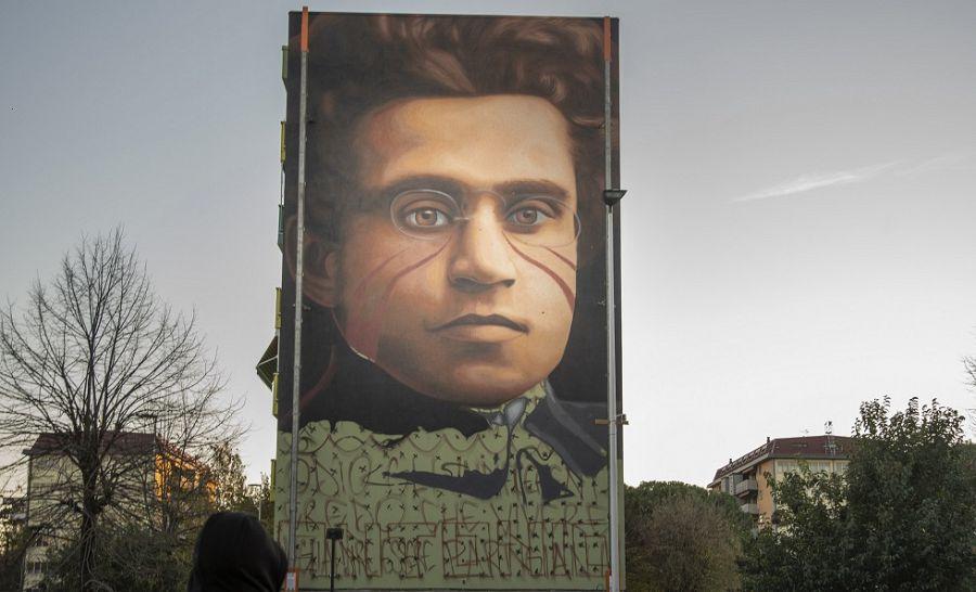 Un maxi murales di Gramsci a Firenze: l'opera di Jorit