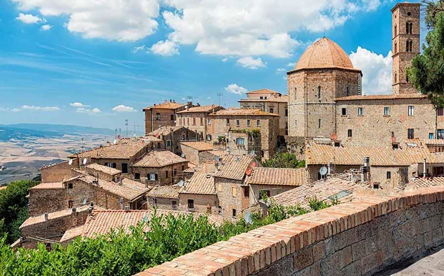 Organic tour of Tuscany_Volterra