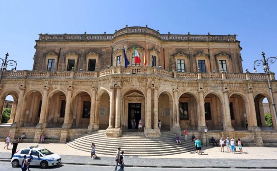 NOTO TOUR - SICILY